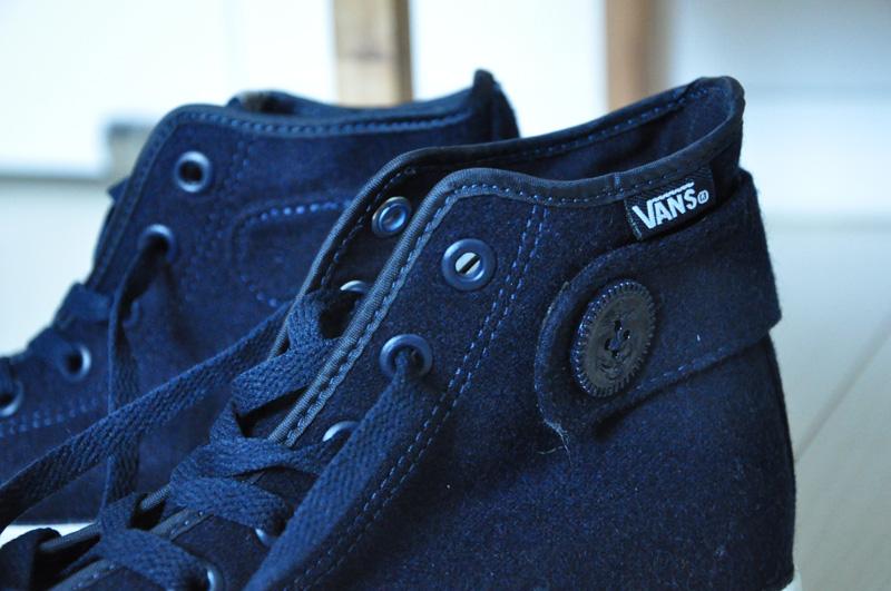 VANS-4
