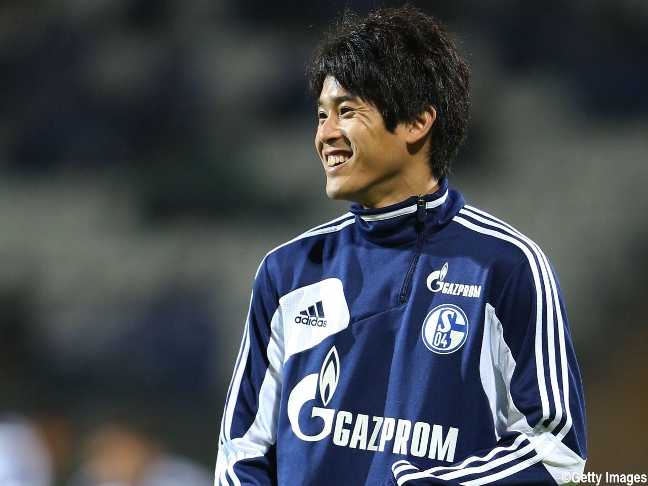 内田篤人結婚に見る なぜそうなった ファンの狂想曲 日本代表選手の