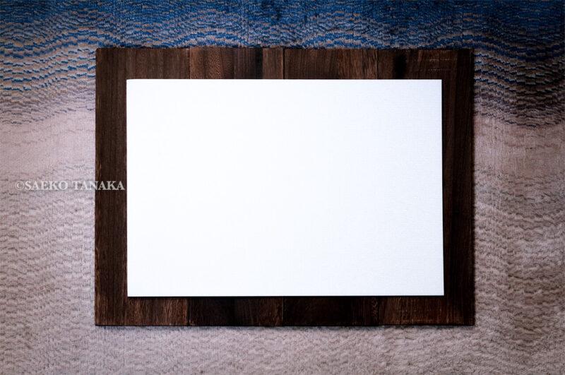 物撮り背景ボード・シート(スタイリングボード)として使えるセリアの「プラダン(プラスチックダンボール)」