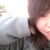 大森ふるさとの浜辺公園で撮影したライター/フォトグラファー田中佐江子のポートレイト