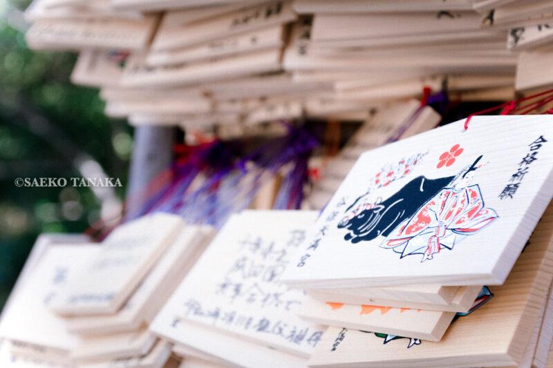 満開の紅梅白梅が楽しめる東京の梅名所、谷保天満宮にある絵馬