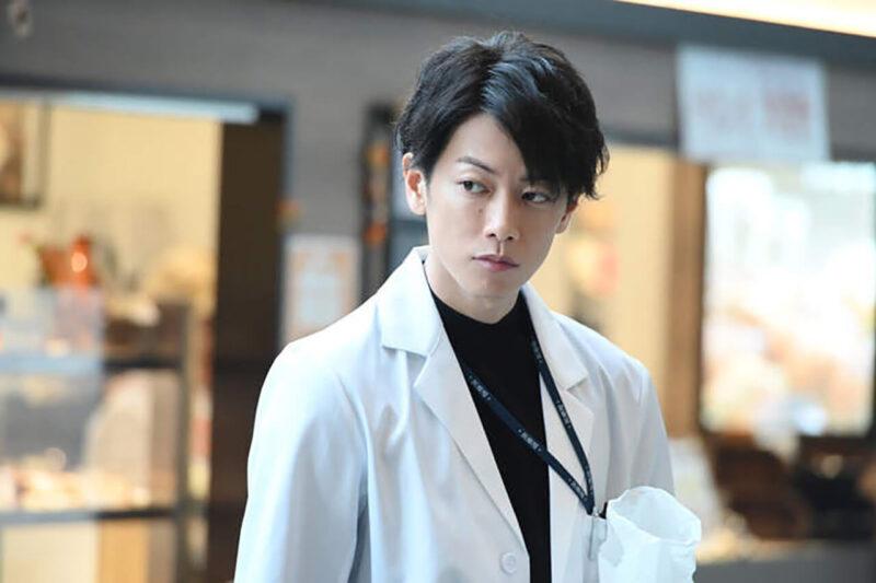 TBS系列連続ドラマ「恋はつづくよどこまでも」天堂浬(てんどうかいり)役を演じる俳優・佐藤健