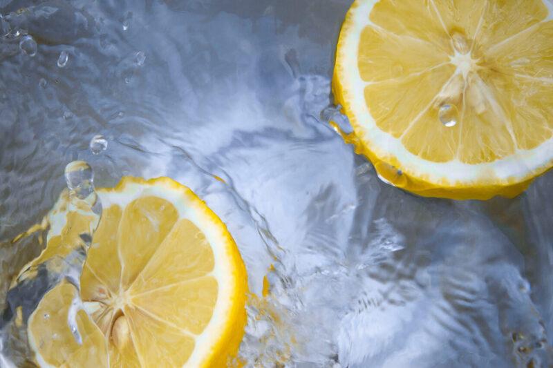 毛穴詰まり・毛穴開き・黒ずみ・角栓・たるみ毛穴・くすみ・ハリ不足・シワを解消する、毛穴レスの美肌に効果的なクレンジング方法に取り入れたいフレッシュビタミンCたっぷりのオレンジ