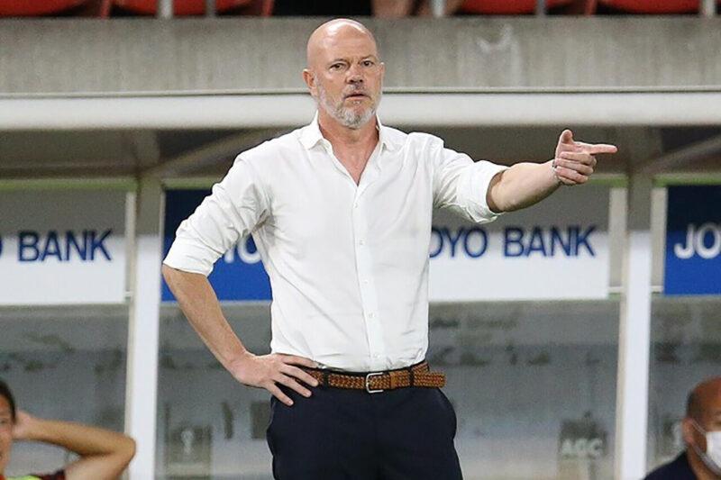 所属クラブチームの鹿島アントラーズでのJリーグ公式戦の指揮をとるブラジル人監督アントニオ・カルロス・ザーゴ