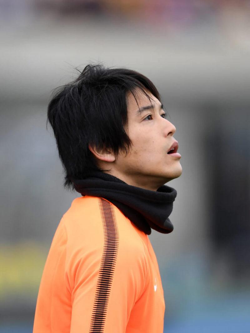サッカー日本代表での練習中の右サイドバック・DFの内田篤人