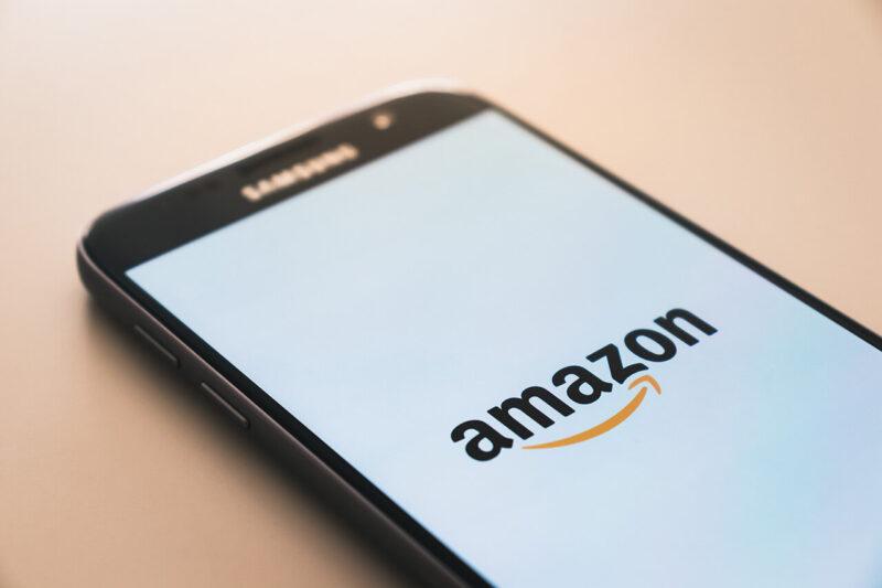 安くお得にクリスマスプレゼントが購入できる、2020年12月11日18時から開催のAmazon『年末の贈り物セール』を利用するのに便利なAmazonショッピングアプリ