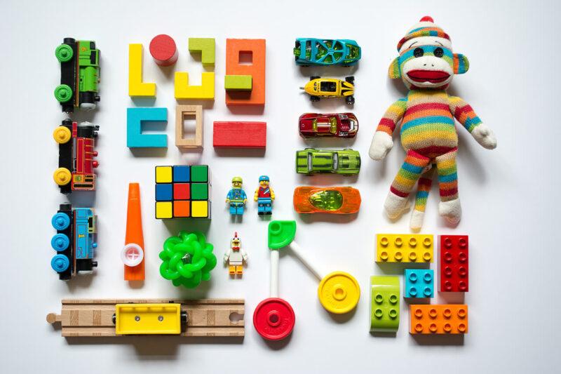 Amazon『年末の贈り物セール』を利用して賢く安くお得に購入した子供のクリスマスプレゼントのぬいぐるみとおもちゃセット