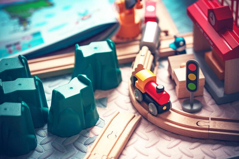 Amazon『年末の贈り物セール』を利用して賢く安くお得に購入した子供のクリスマスプレゼントのミニ機関車の線路のセット