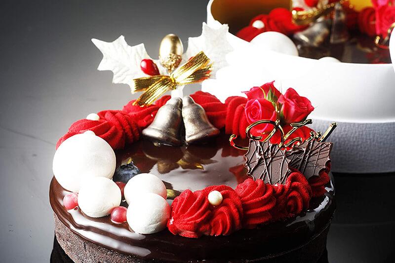 おうちクリスマスを楽しむために便利なAmazonで購入した、口コミ・レビュー人気が高い『LOUANGE TOKYO/ルワンジュ東京』のおしゃれでお得で美味しいクリスマスケーキ『クリスマス限定 クロンヌドゥノエル』