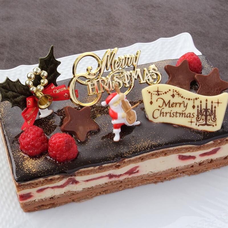 おうちクリスマスを楽しむために便利なAmazonで購入した、口コミ・レビュー人気が高い『パティスリーTakaYanai』のおしゃれでお得で美味しいクリスマスケーキ『ブッシュ・ド・ノエル』