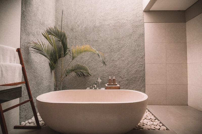 年末年始に巣ごもりで楽しむおうち時間におすすめの長風呂でゆっくりつかる広いバスタブ
